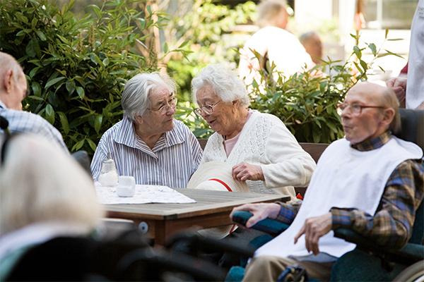 На пенсию хотят отпускать в 63 года