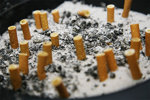 Курение ухудшает работу мозга