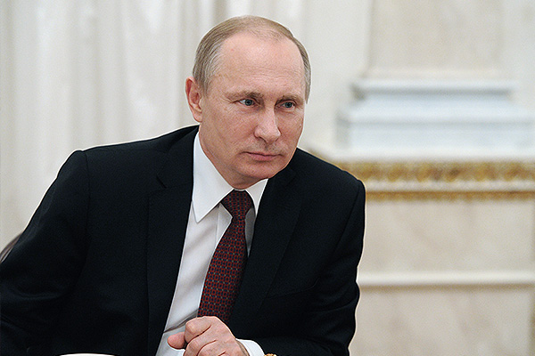 Путин одобрил снижение штрафов за взятки
