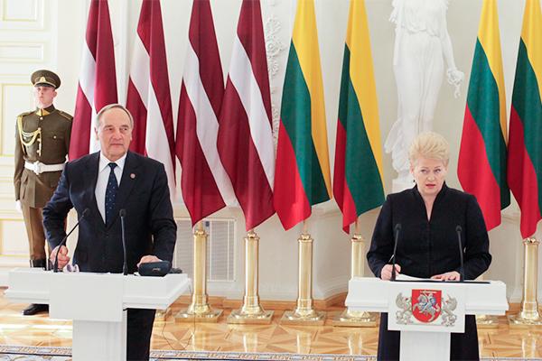 Россия поссорила Латвию и Литву