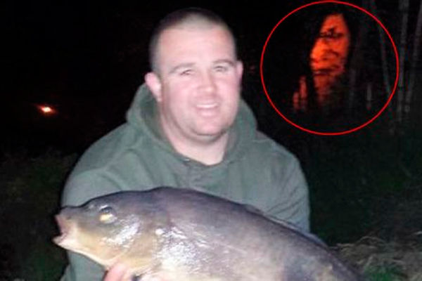 На снимок рыбака попал призрак озера