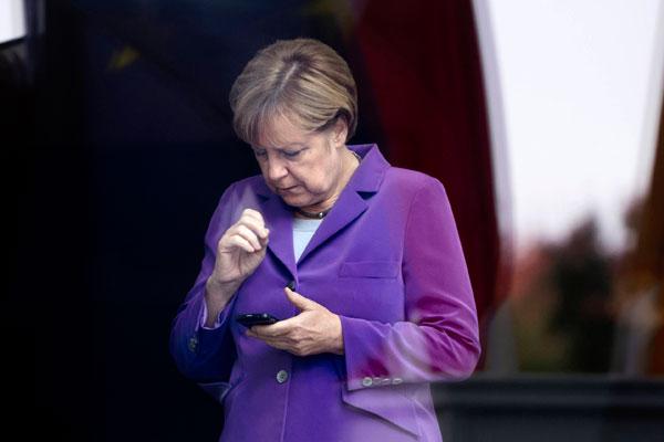 Меркель стала жертвой