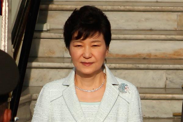Глава Кореи поддалась панике