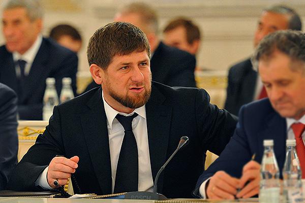 Кадыров решил спасти чеченских красавиц