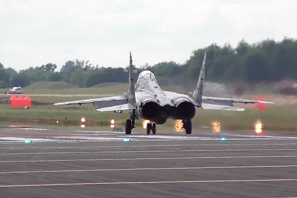 Взлет МиГ-29 шокировал Запад