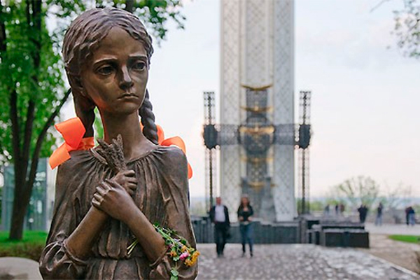 Киев отказался от жертв голодоморов