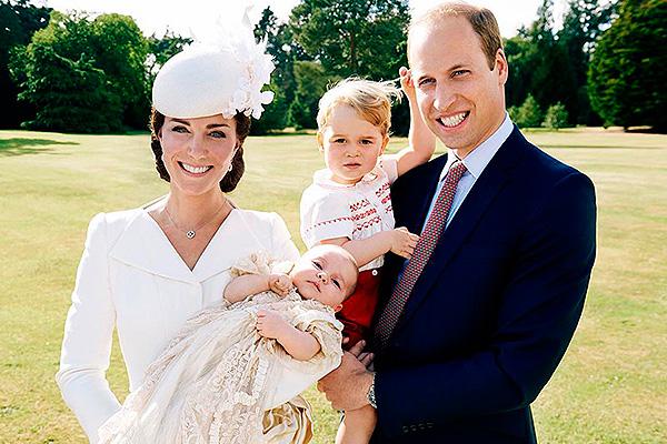 Кейт Миддлтон и принц Уильям с детьми Шарлоттой и Джорджем. Фото: instagram.com/mariotestino