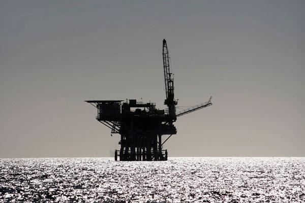Дешевая нефть топит компании США