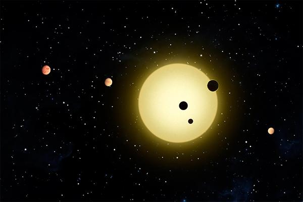 Около Солнца засняты объекты