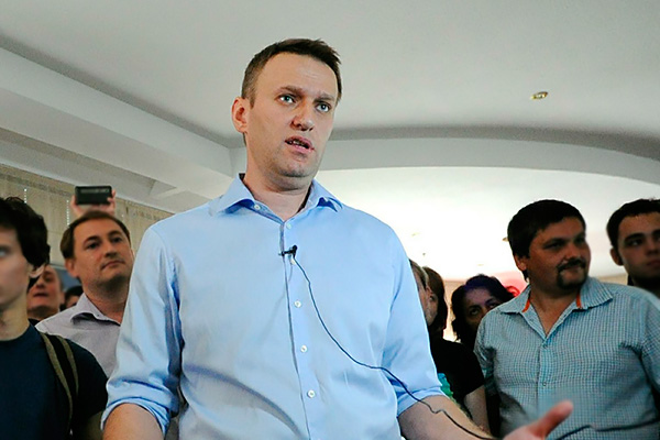 Навальный выклянчил у судьи рассрочку