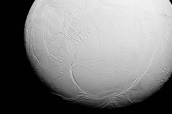 NASA показало дождь на Титане
