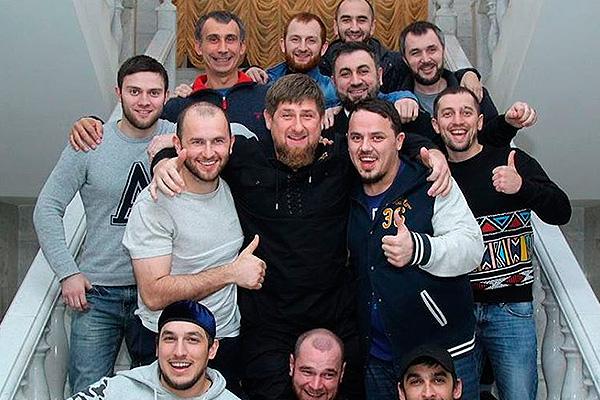 Кадыров взял на работу кавээнщиков