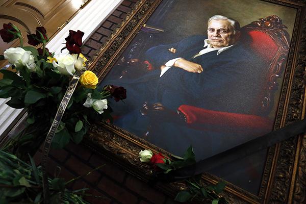 Рязанова похоронили рядом с Гурченко