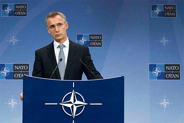 НАТО обостряет отношения с Россией