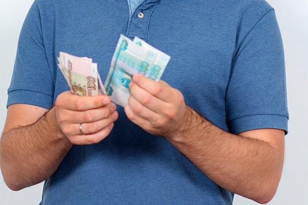 Сколько долгов набралось у оппозиции