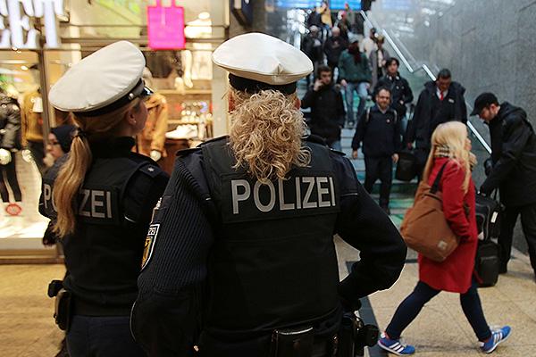 От немцев скрывают нападения мигрантов