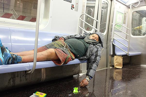 США устали подсчитывать бездомных