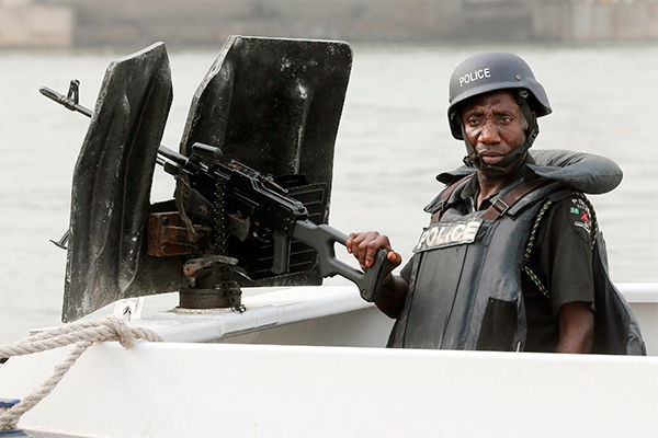 Нигерийские пираты захватили россиянина