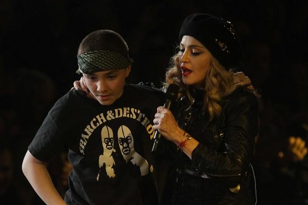 Мадонна с сыном Рокко. Фото: GLOBAL LOOK press/John Barrett