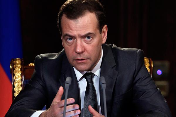 Медведев и Захарова жестко ответили главе СБУ