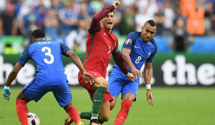 Роналду со слезами выиграл Евро