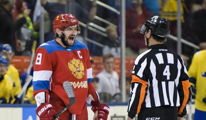 Эмоции Овечкина во время матча обсуждают в Сети