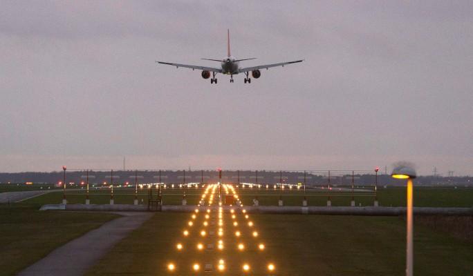 Секс с пассажиркой самолета фото — 10