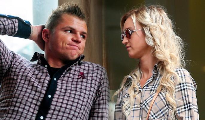 Бузова проговорилась о причине развода с Тарасовым