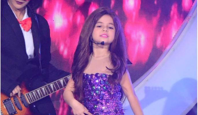 Семилетняя британка покорила мир пародией на поп-звезду
