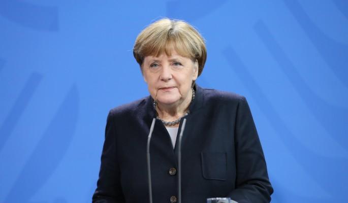 Меркель рискует остаться в одиночестве