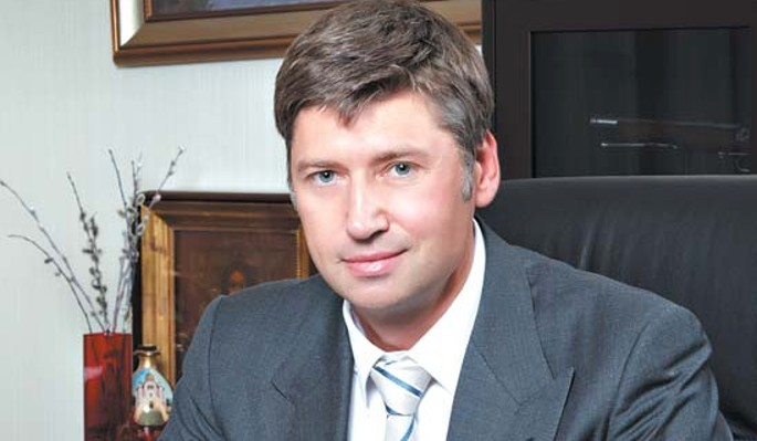 Бомжи захватили особняк российского миллиардера