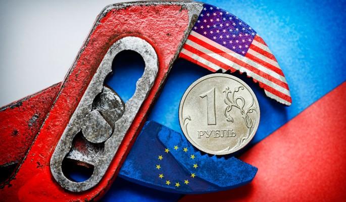 Запад принял план по обрушению рубля