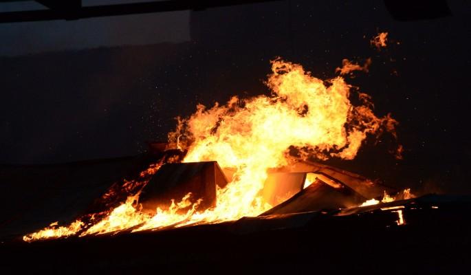 Десятилетняя девочка спасла из горящего дома братьев и сестер