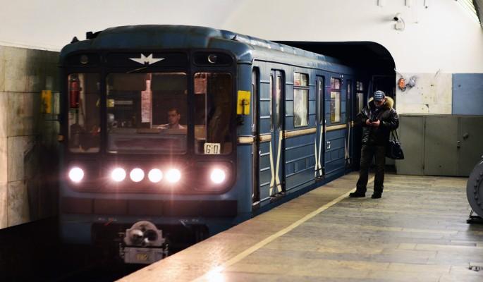 Московское метро оправдалось за перемотанные проволокой детали
