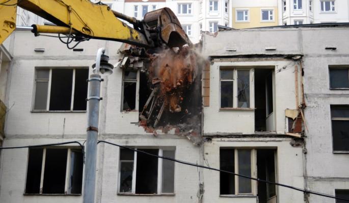 Путин поручил снести все хрущевки в Москве