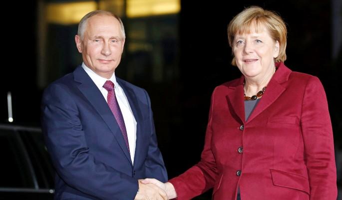 Путин сделал Меркель подарок