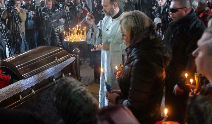 На похоронах Вороненкова объявили о концерте Максаковой