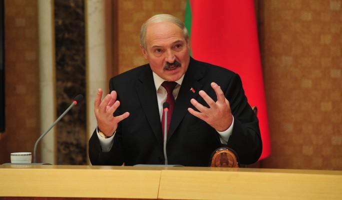 """Лукашенко срочно едет мириться к """"брату"""" Путину"""