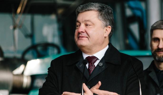 Порошенко убивает Украину за миллиард от МВФ