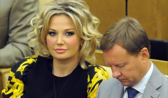Москва просит у Киева помощи из-за Максаковой