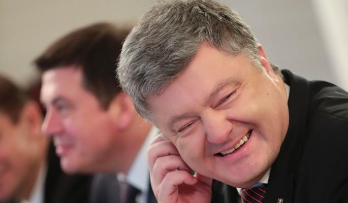 Запад поддержал диктаторские замашки Порошенко