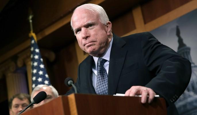 Почему сумасшедший Маккейн набросился на Лаврова и Путина