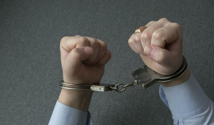 Сибиряк транслировал в Сеть изнасилование пьяной 13-летней девочки