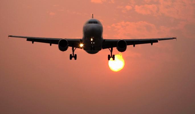 Самолет с Рогозиным развернули по пути в Кишинев