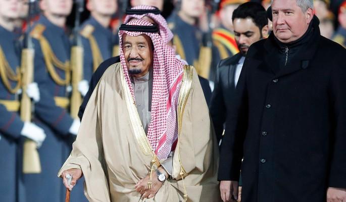 Исторический визит короля саудитов в Москву начался с ЧП