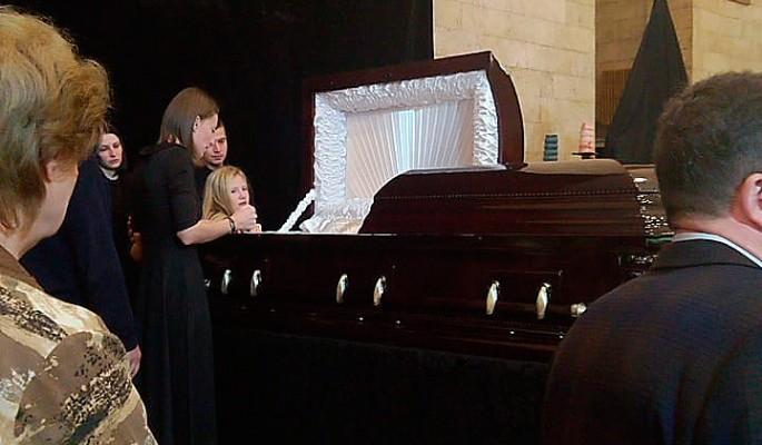 За гроб Марьянова заплатили сумасшедшие деньги