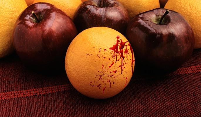 Суровая уральская учительница ударила школьника из-за апельсина