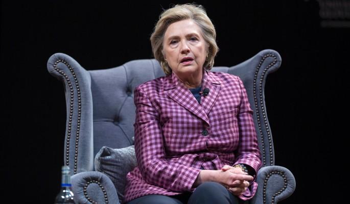 Сразу после Путина: Клинтон нашла виновника своего провала