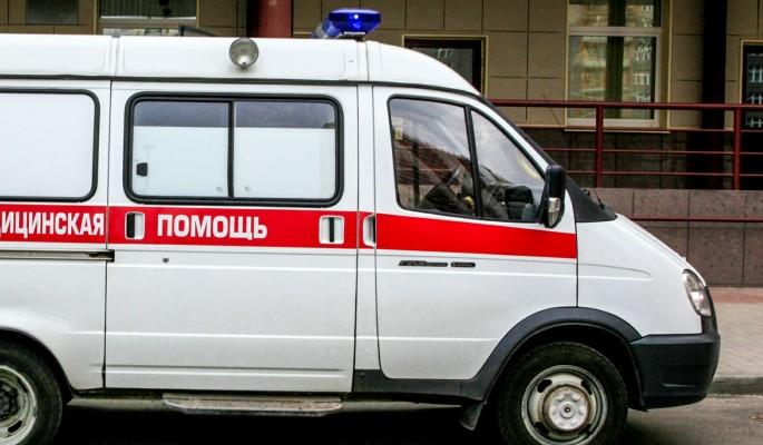 В Иваново дерево упало на женщину с ребенком