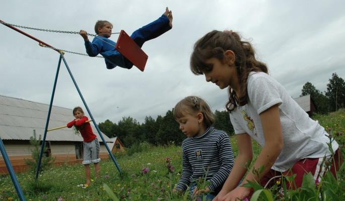 Россиянам с ВИЧ разрешат усыновлять детей
